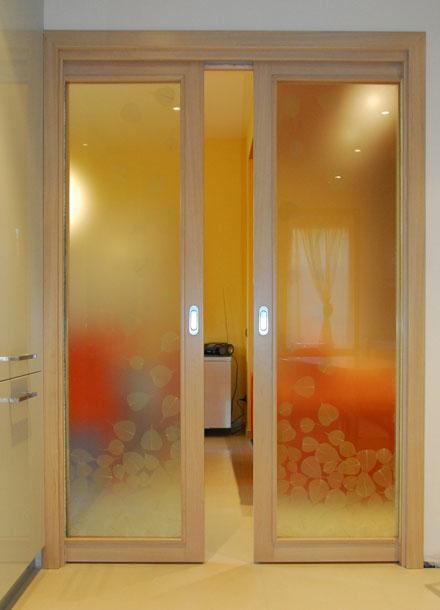 Porte wood project arredamenti e complementi su misura - Porta a vetri scorrevole prezzi ...